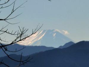 顔振峠から富士山を見る