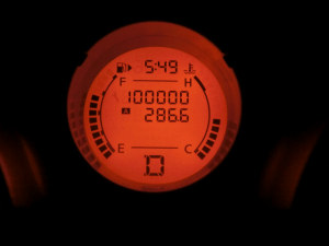 デュアリス100,000km突破